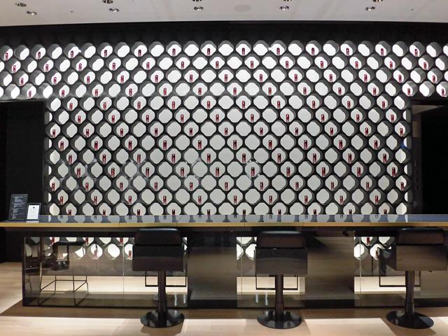 Shiseido The Store 1 Interior Wall