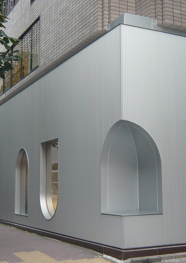 A refined facade that would be difficult to achieve without bespoke metalwork