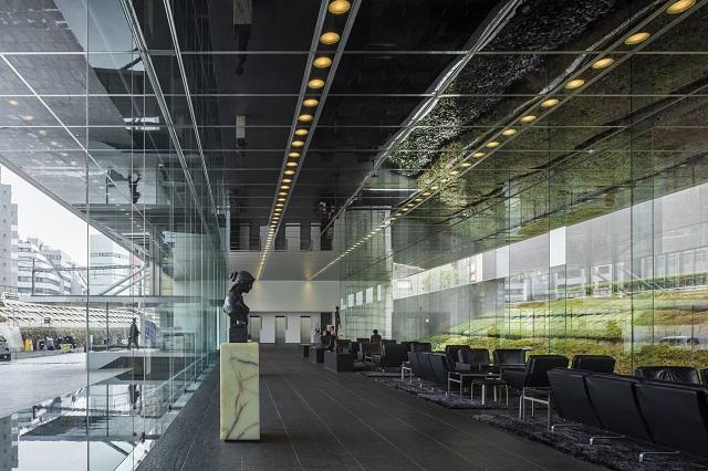 Bespoke paint coated (similar to Piano Black, CM-PB or E5-C) aluminium ceiling