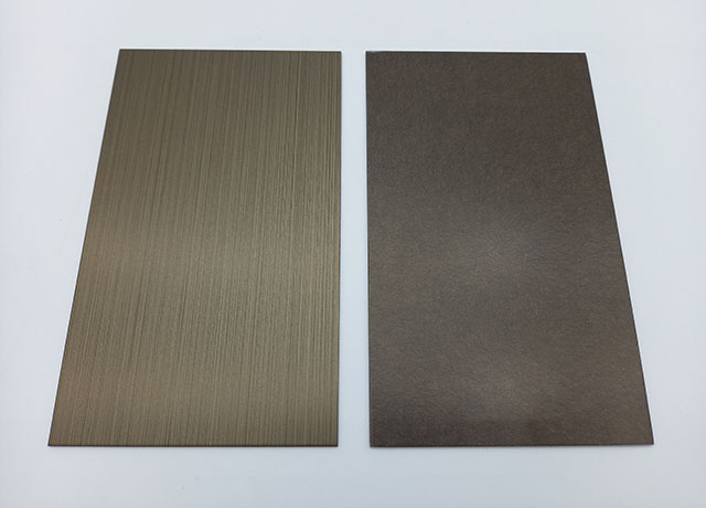 Chemically coloured stainless steel. (KC-Colour + Silica Coating in antique gold. Left: HL. Right: PHL or vibration.)