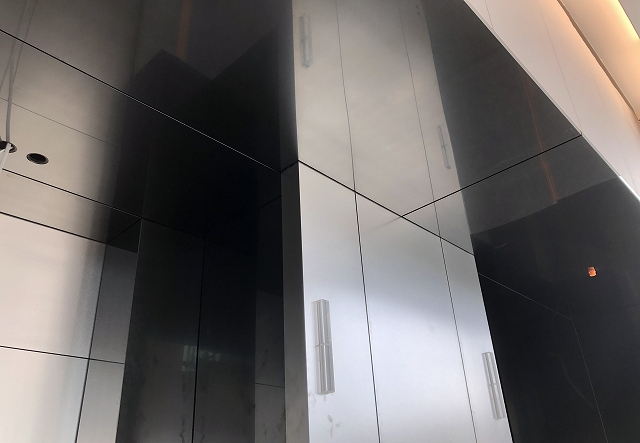 Mirror-based, PHL (Vibration) finished black coloured stainless steel