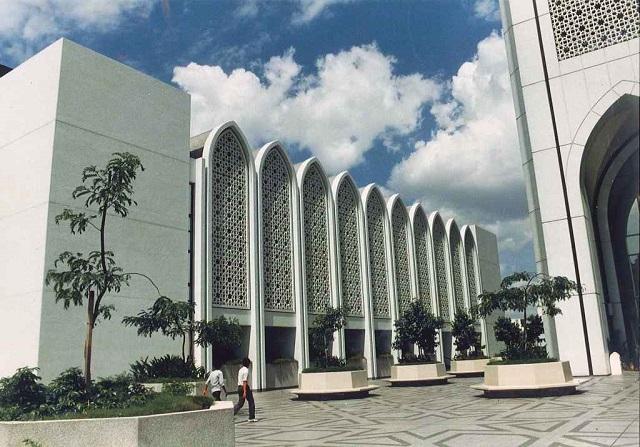 マレーシア・クアラルンプールのダヤブミビル(1983年)