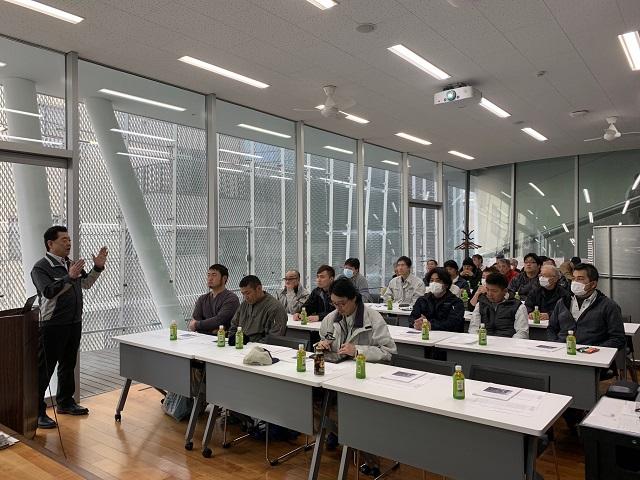 フルハーネス型墜落制止用器具の特別教育の様子:KIKUKAWA東京オフィスにて(2/23)